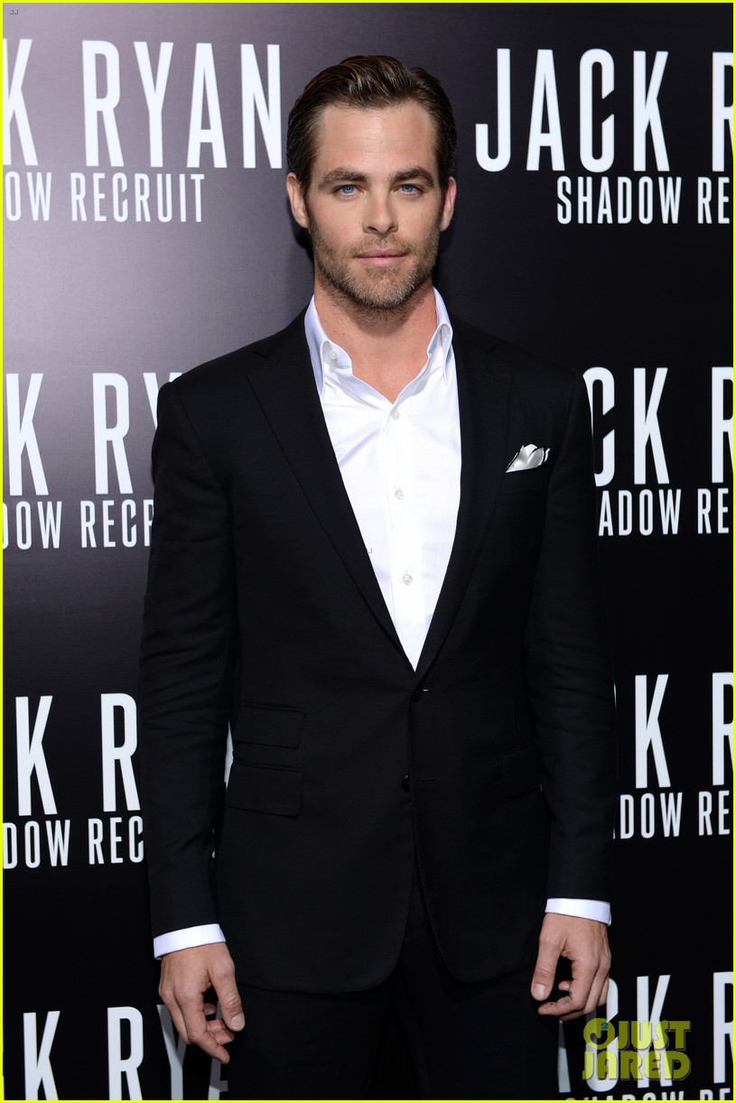 chris pine keira knightley jack ryan hollywood premiere 163032389