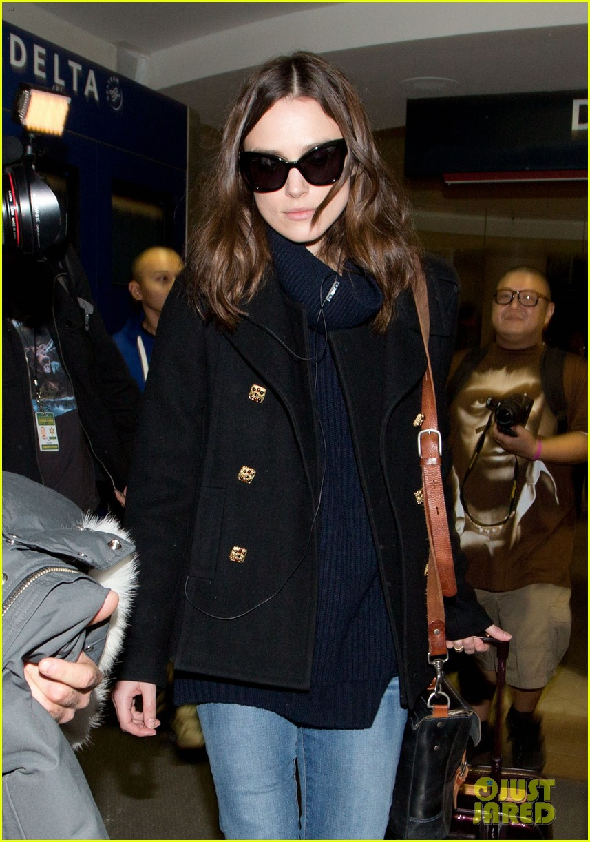 keira knightley visits stella lounge before leaving sundance 063035289