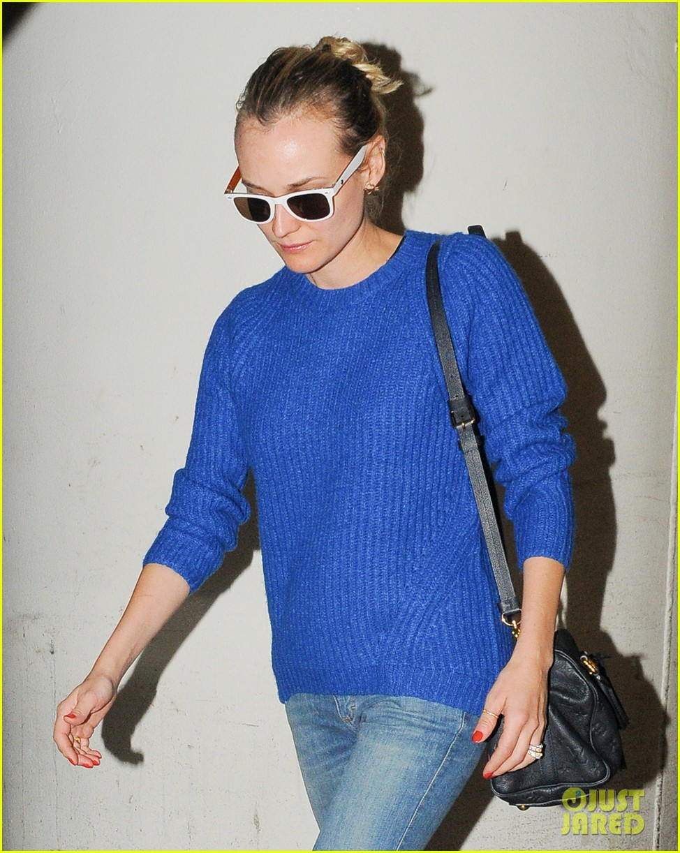 diane kruger joshua jackson arrive at lax after skiing in park city 013037541