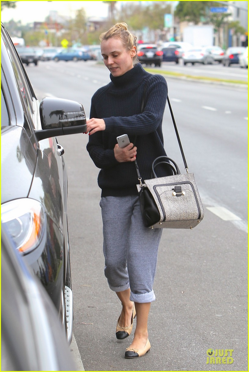 diane kruger all nuatral beauty for friday workout 043039494