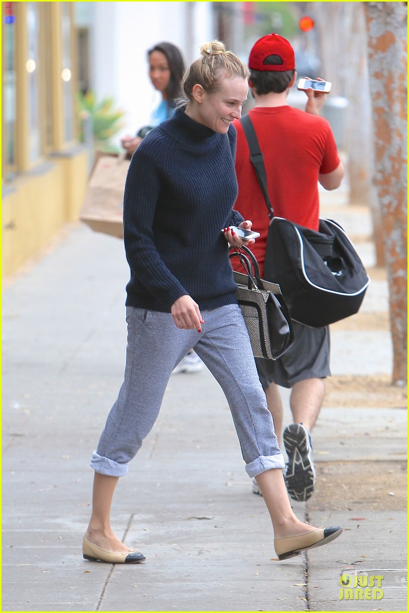 diane kruger all nuatral beauty for friday workout 09