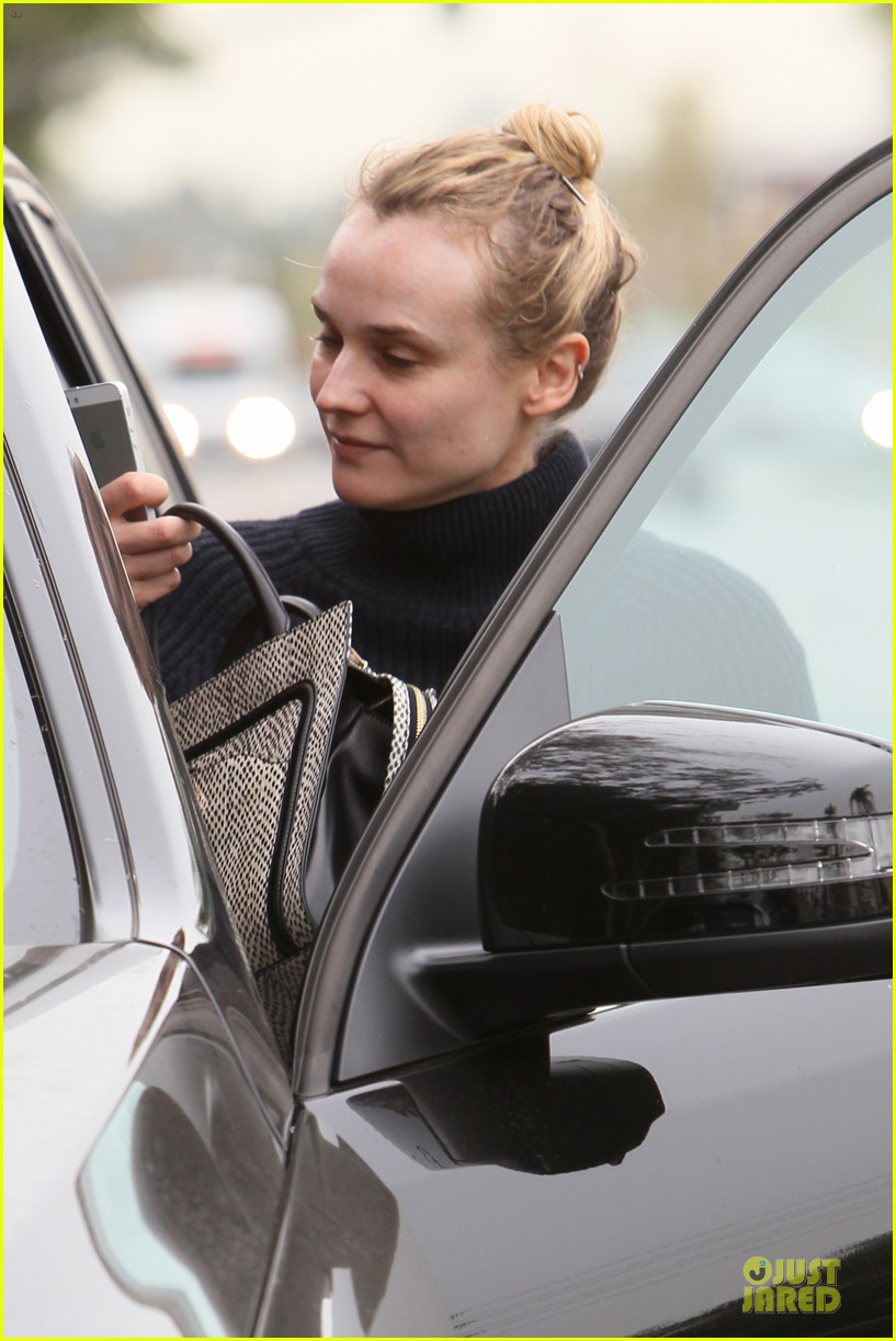 diane kruger all nuatral beauty for friday workout 14