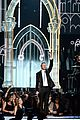 madonna queen latifah marry gay couples at grammys 2014 08