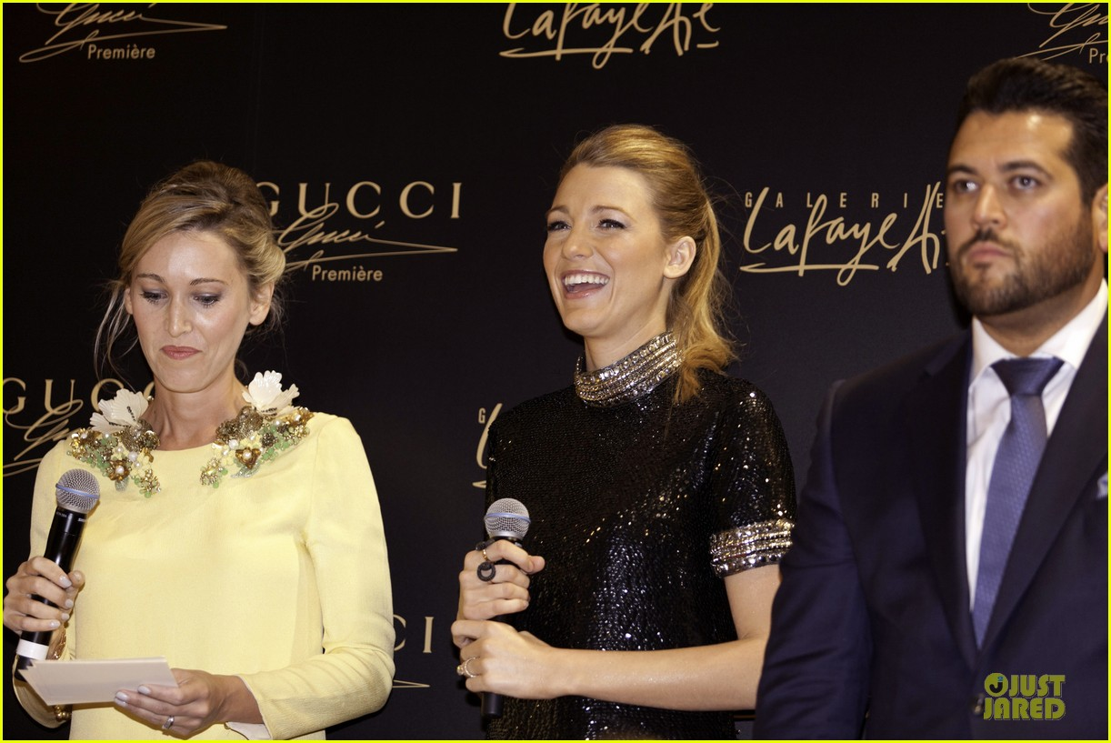 blake lively gucci premiere photo call 08