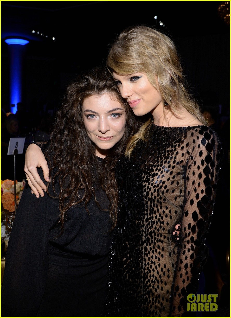 lorde meets up with taylor swift at clive davis pre grammys gala 2014 093040414