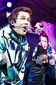 austin mahone gets support from kylie jenner at nyc concert 18