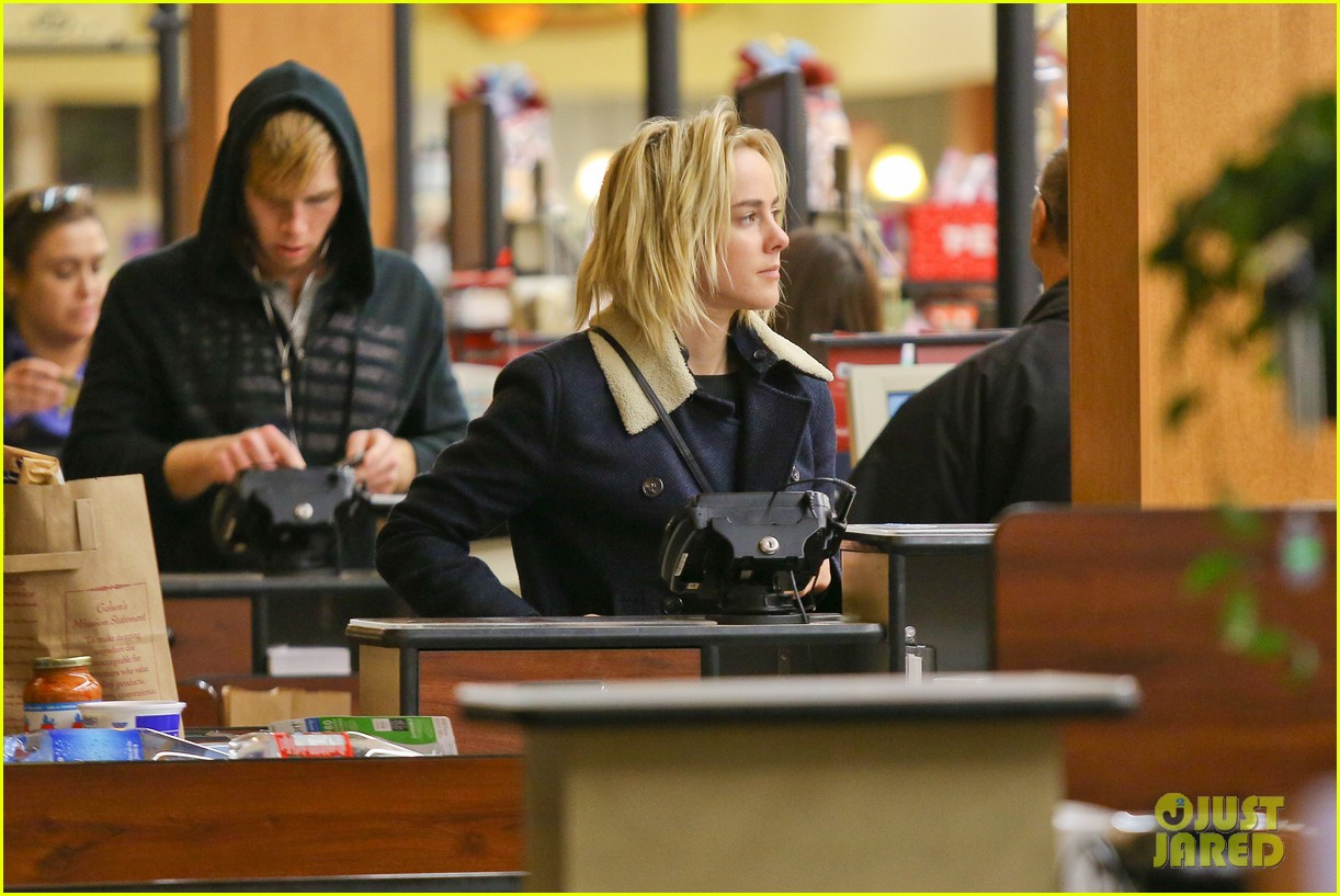 jena malone so excited to share the wait with you 12