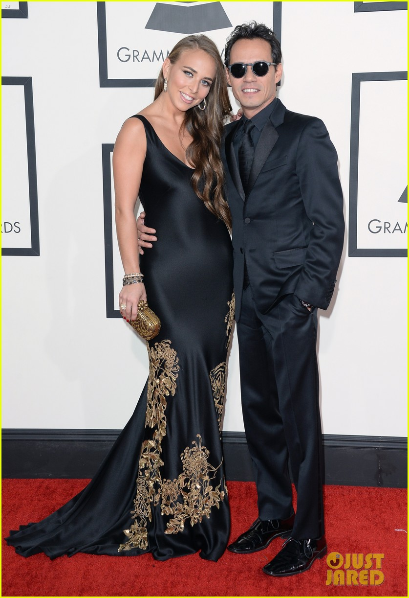 marc anthony chloe green grammys 2014 red carpet 013041275