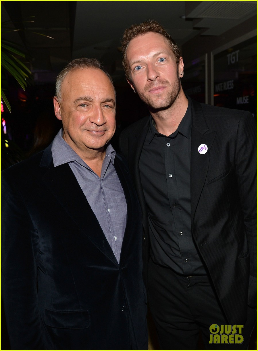 chris martin grammys 2014 after party with gary clark jr 023041961