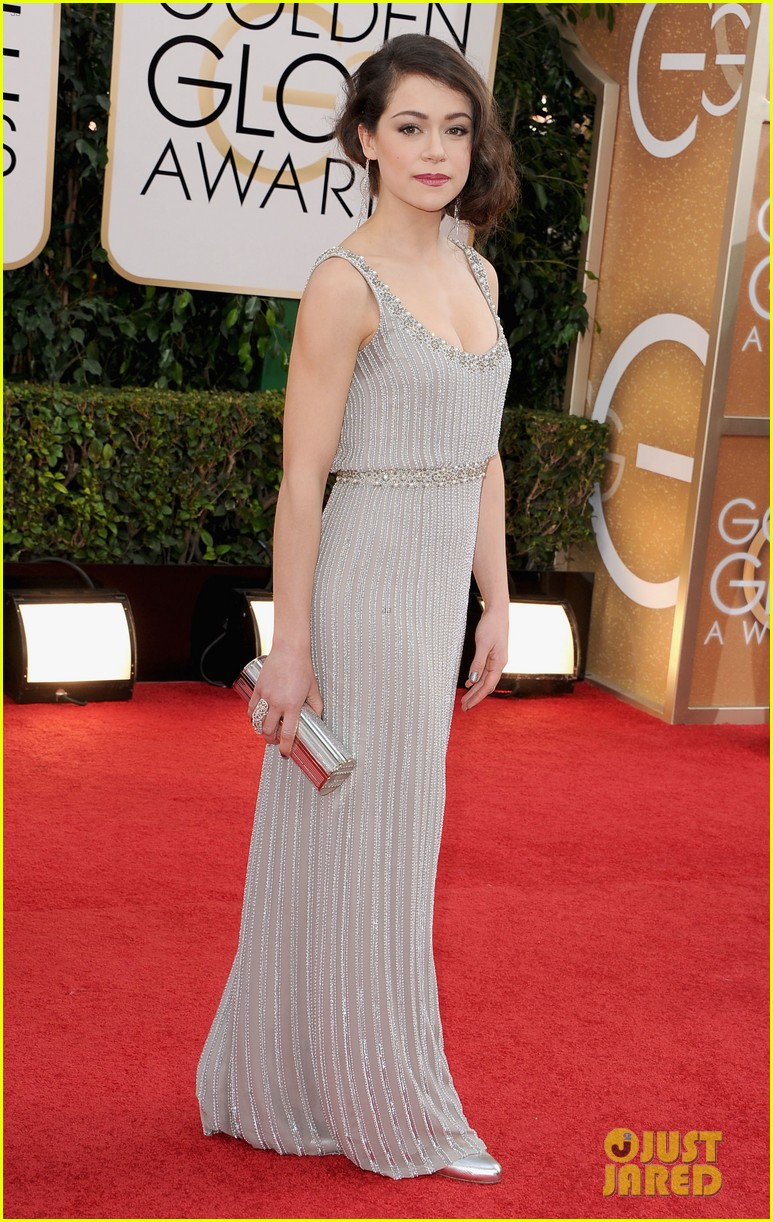 tatiana maslany golden globes 2014 red carpet 04