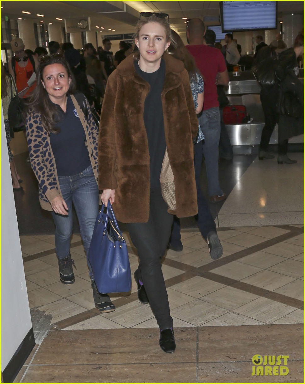 rachel mcadams brit marling fly back to la after sundance 043036839