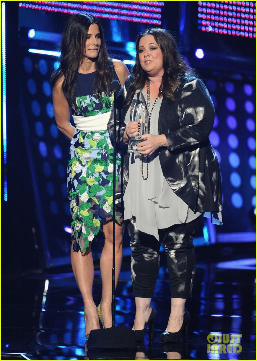 melissa mccarthy sandra bullock peoples choice awards 2014 03