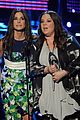 melissa mccarthy sandra bullock peoples choice awards 2014 08