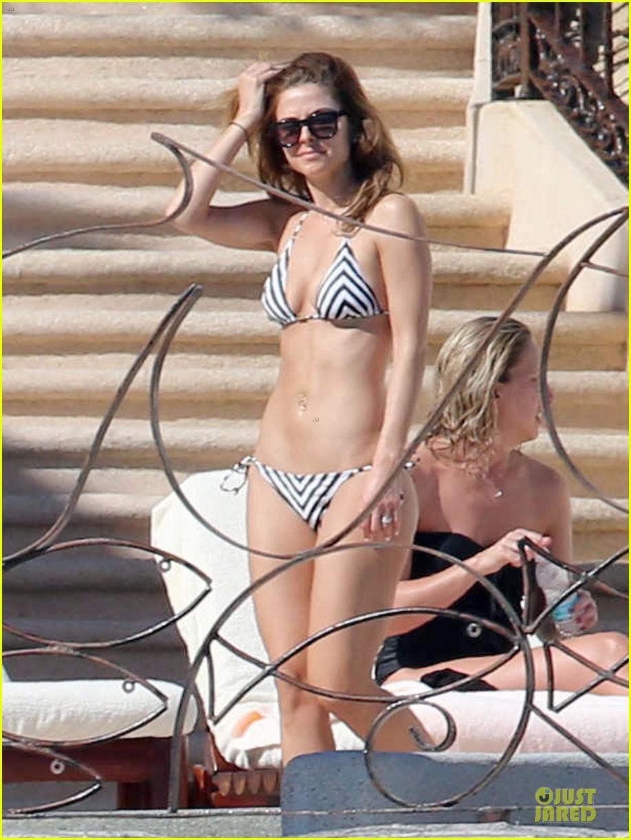 maria menounos black white bikini in cabo san lucas 113022555