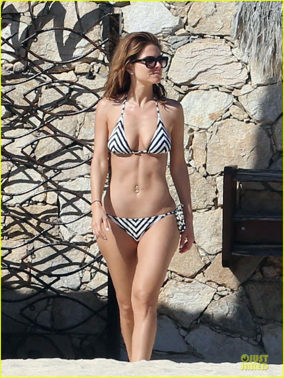 maria menounos black white bikini in cabo san lucas 123022556