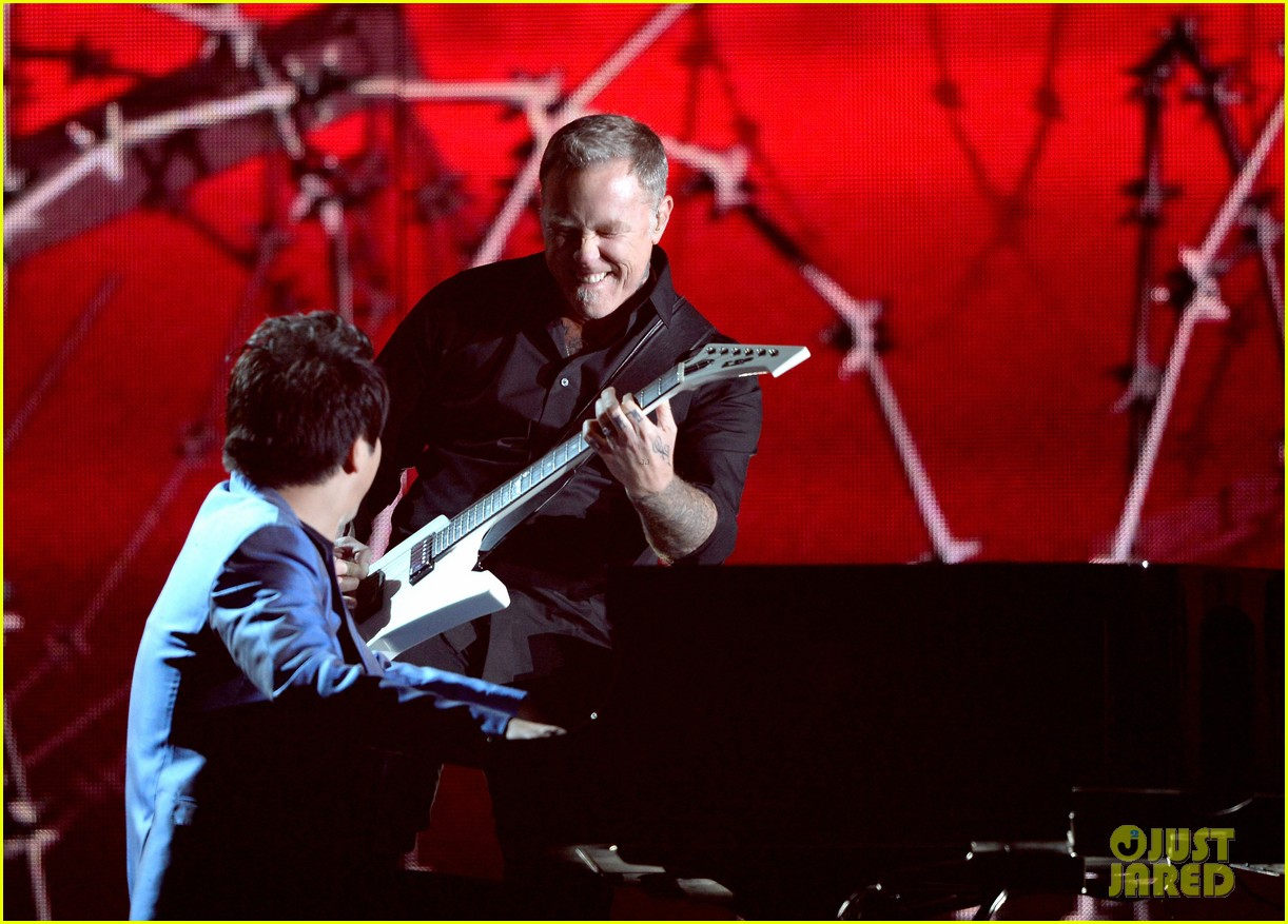 metallica one with lang lang at grammys 2014 video 083041702