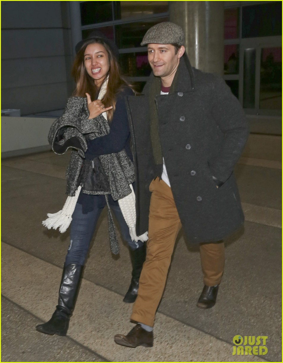 matthew morrison renee puente lax landing with jc chasez 01