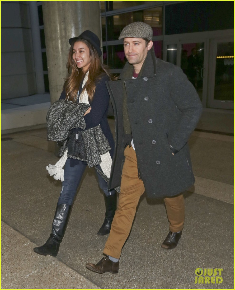 matthew morrison renee puente lax landing with jc chasez 17