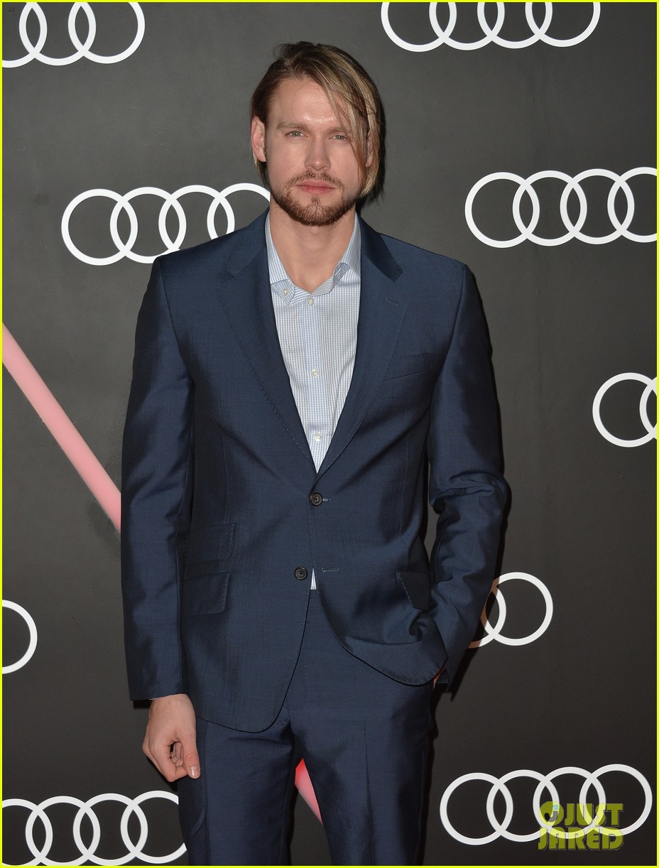 matthew morrison chord overstreet pre golden globes party 06