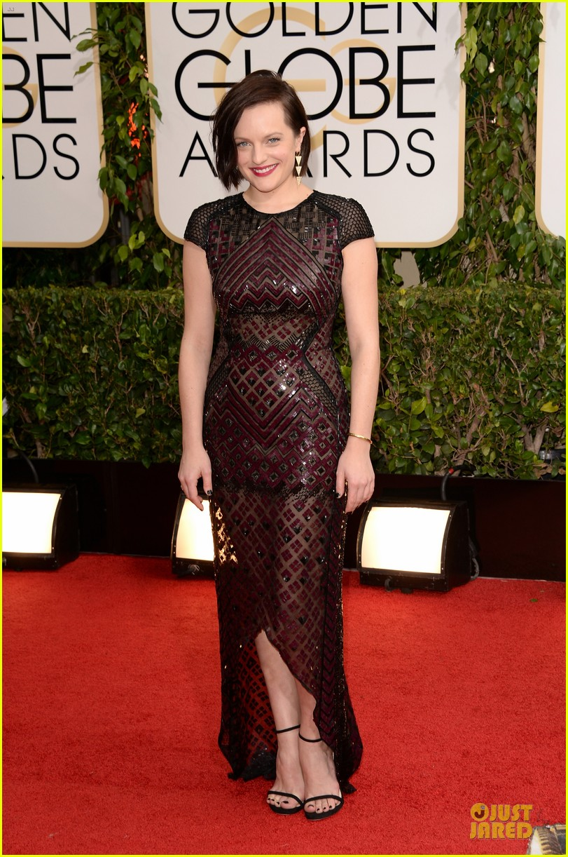 elisabeth moss golden globes 2014 red carpet 013029149