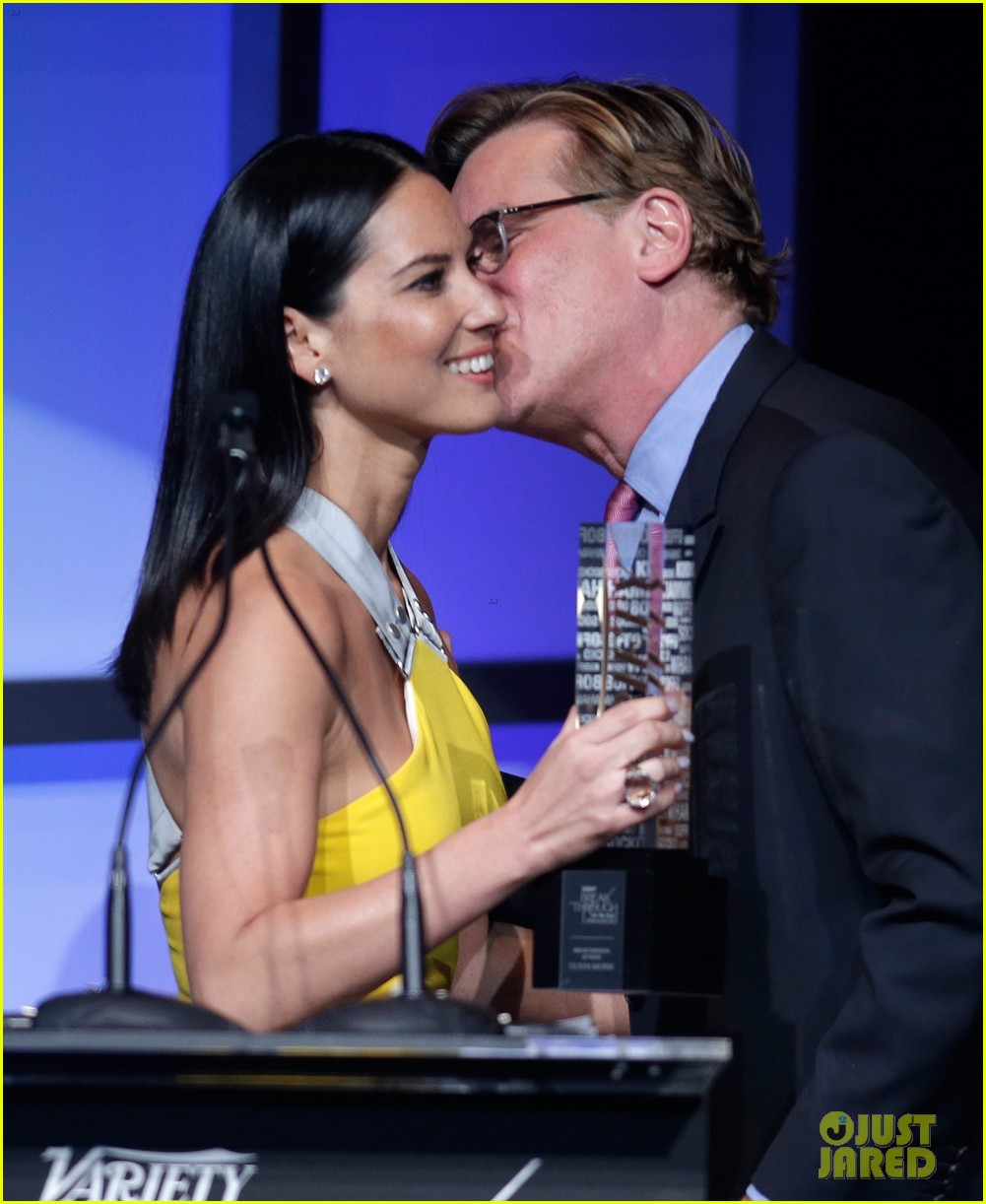olivia munn presented variety award by aaron sorkin 123026766