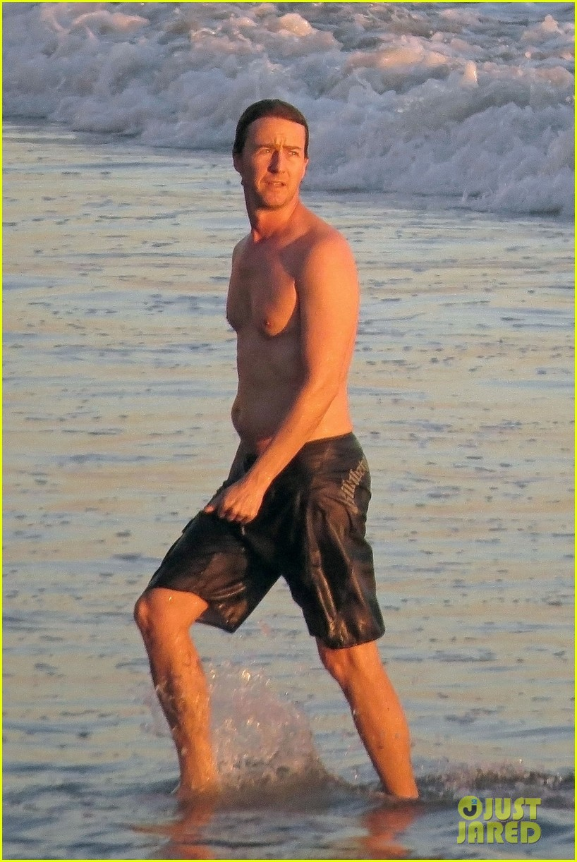 edward norton shirtless sunset ocean swim 05