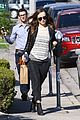 olivia wilde baby bumpin beauty salon 10