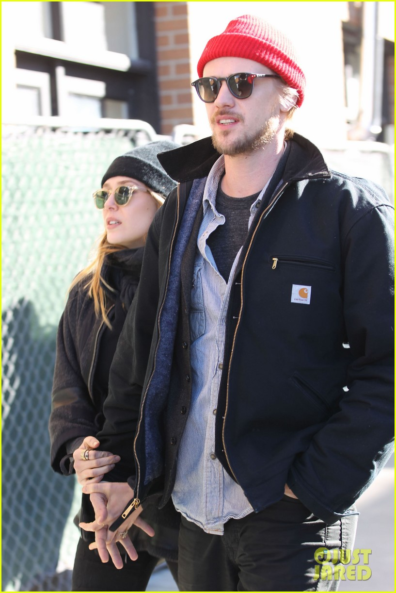 elizabeth olsen hangs with boyd holbrook at sundance 06