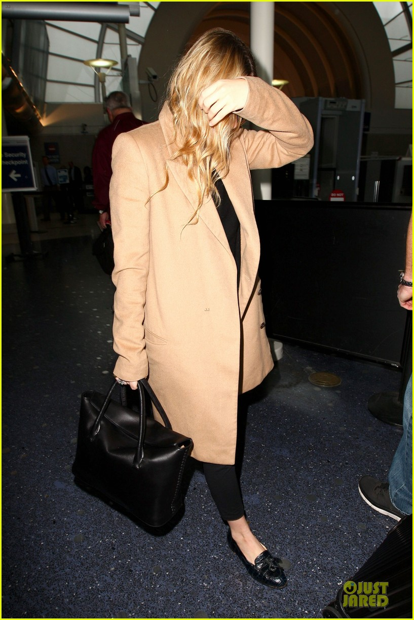 ashley olsen ends the week with lax touch down 10