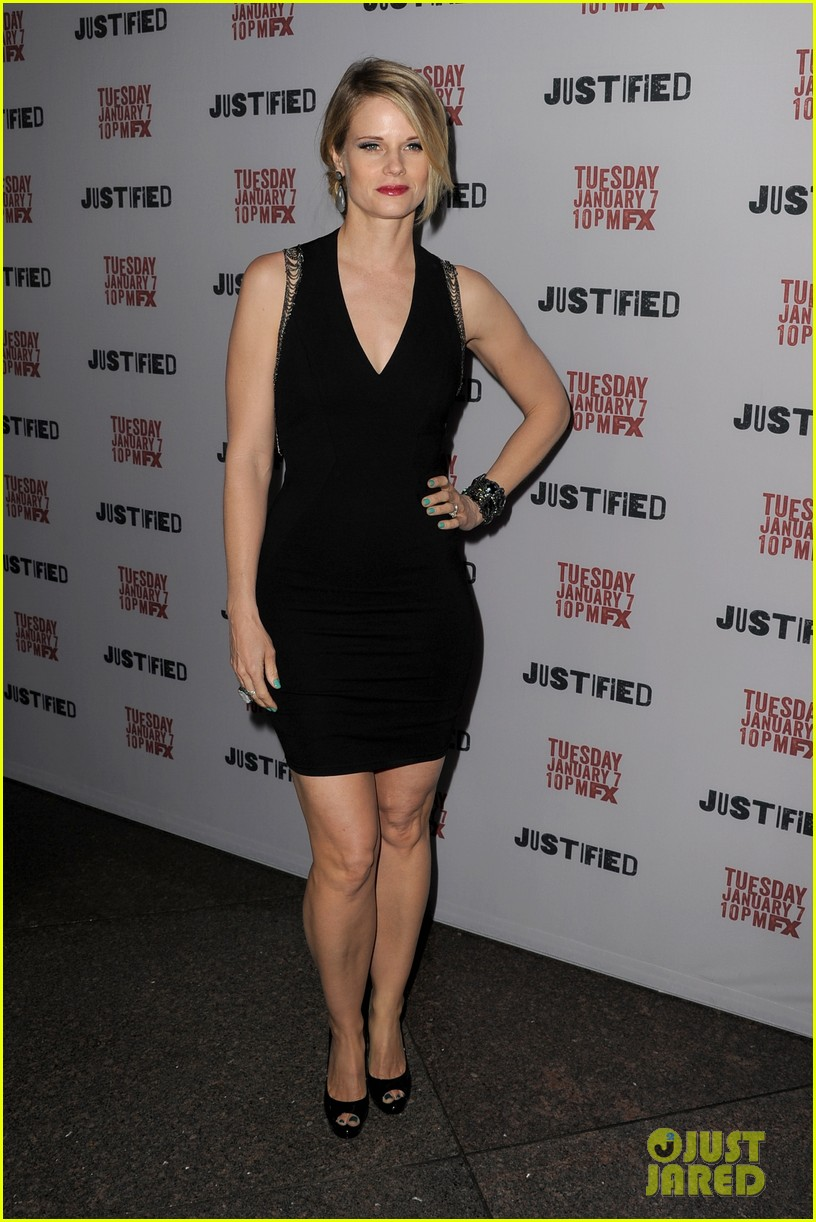 timothy olyphant joelle carter justified season 5 premiere 07