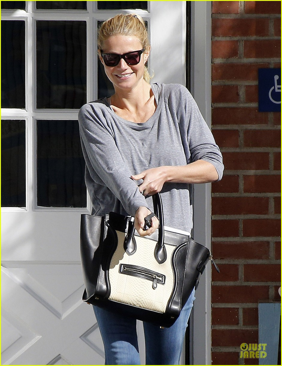 gwyneth paltrow medical building visit after the golden globes 24