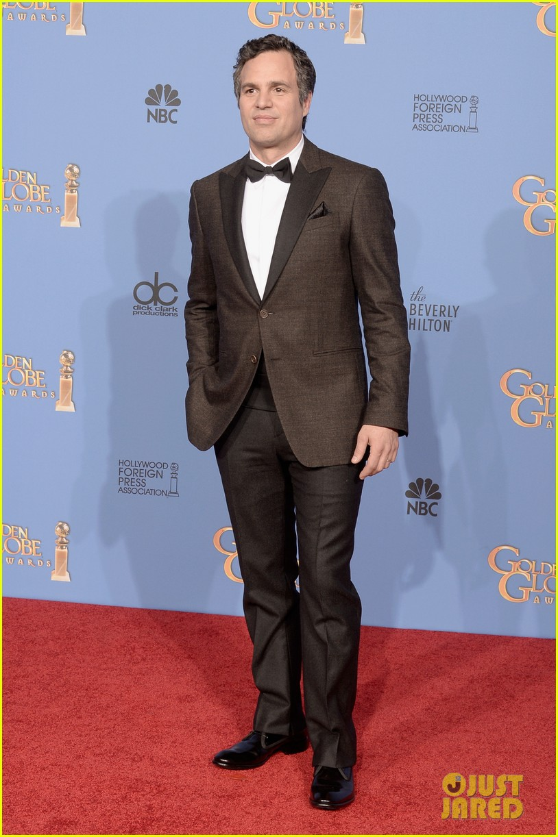 jim parsons mark ruffalo golden globes 2014 red carpet 073029768