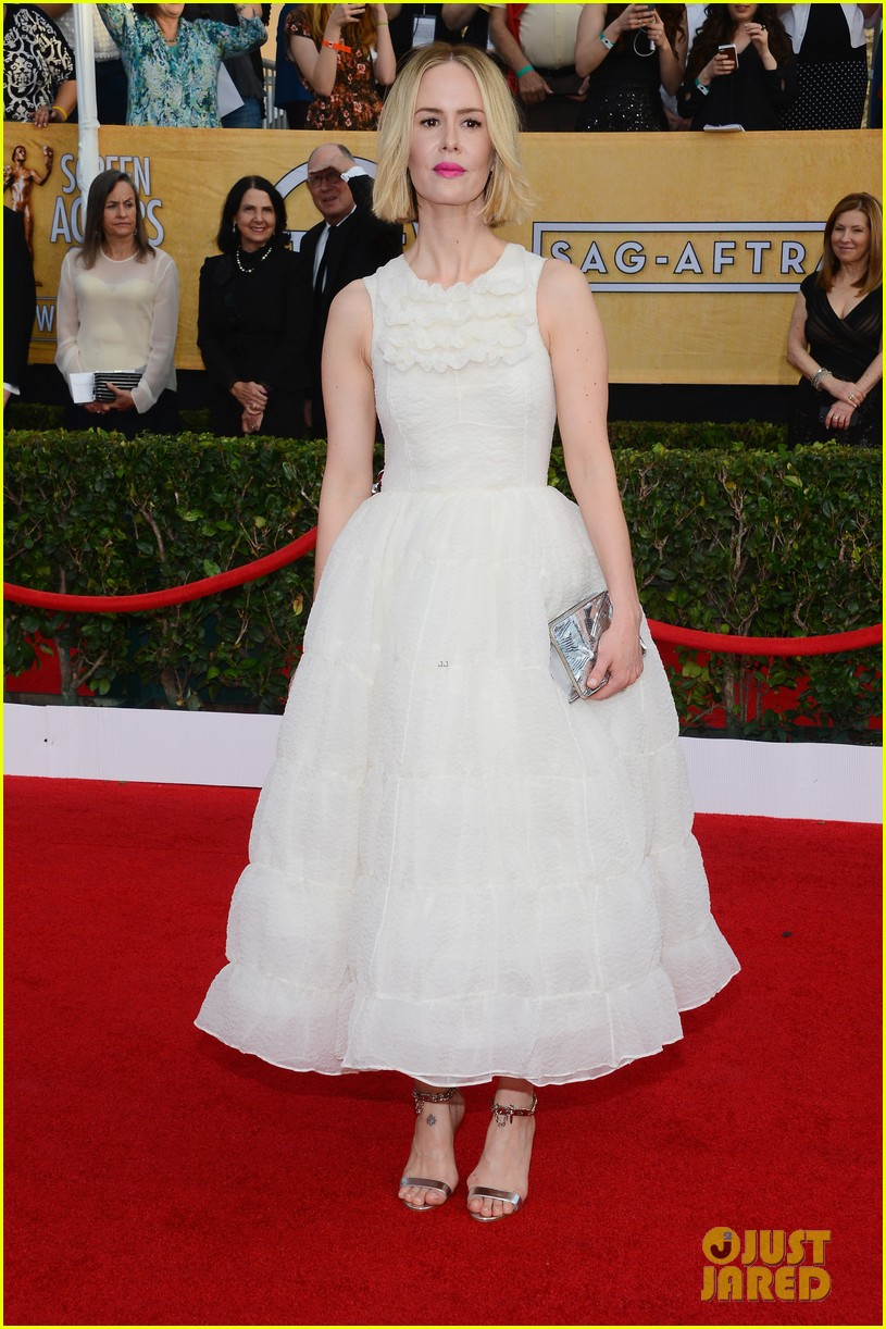 sarah paulson paul dano sag awards 2014 red carpet 033034605