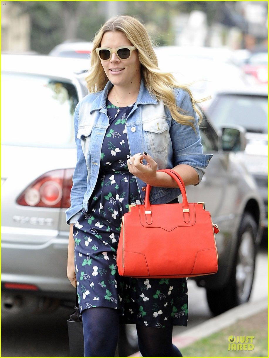 busy philipps can i look like gwen stefani in next pregnancy 143039938