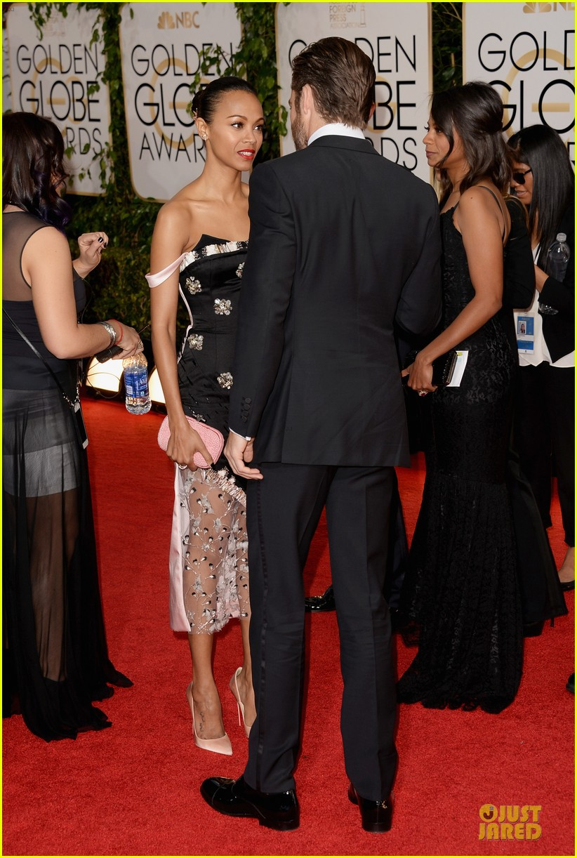 chris pine golden globes 2014 red carpet 033029627