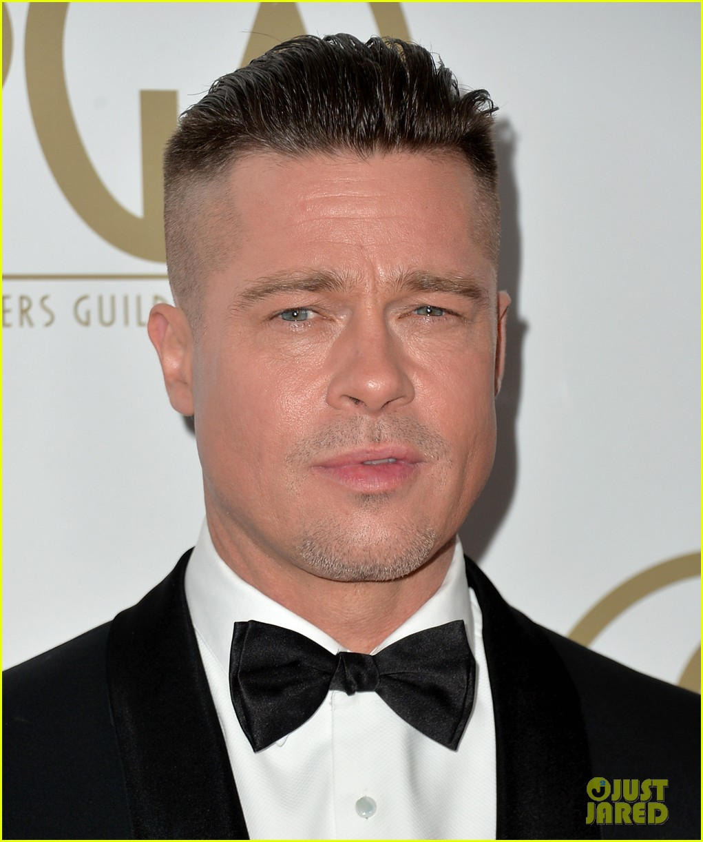 brad pitt producers guild awards 2014 with chiwetel ejiofor 063035869