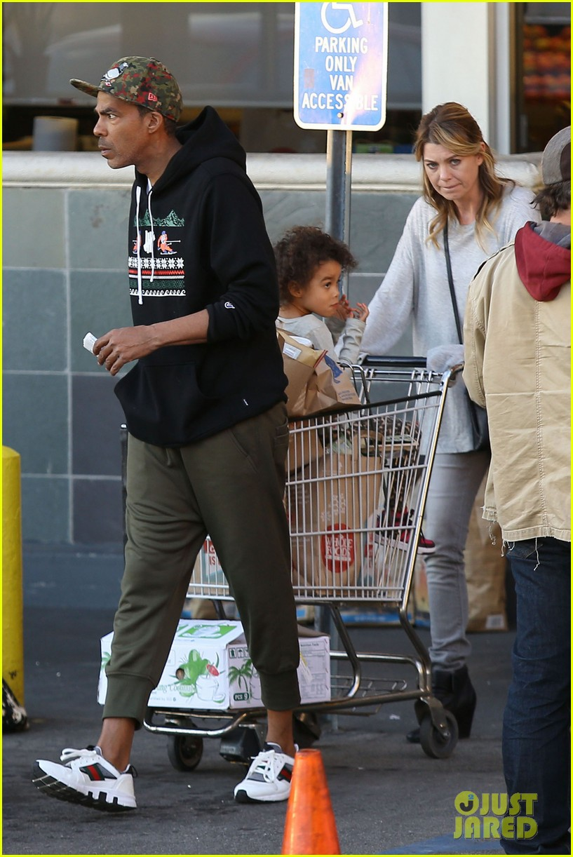 ellen pompeo spills her coconuts in whole foods lot 133024488