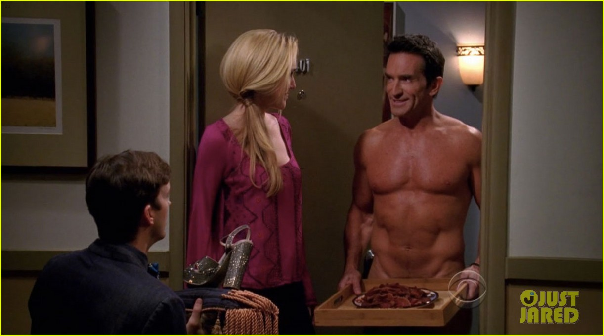 survivors jeff probst shows off ripped shirtless body at 52 03
