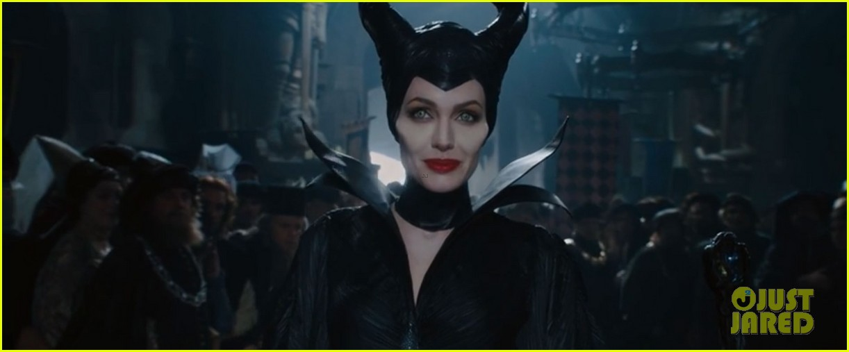 lana del rey sings in angelina jolies new maleficent trailer 063041350