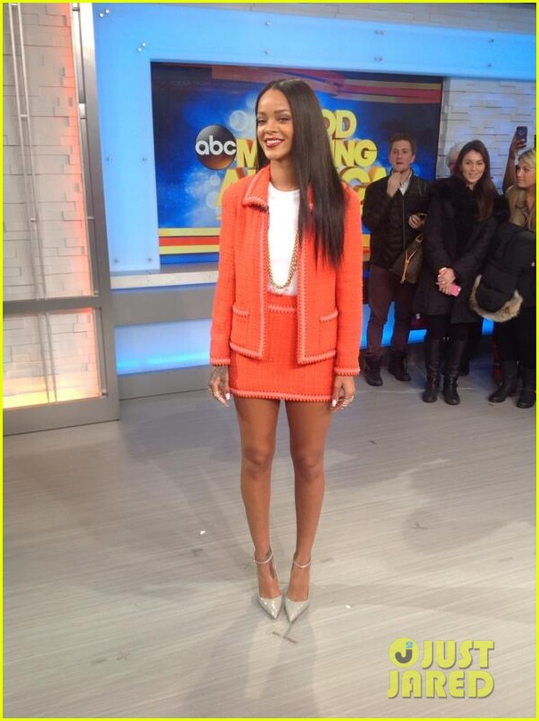 rihanna braves winter chill for good morning america interview 05
