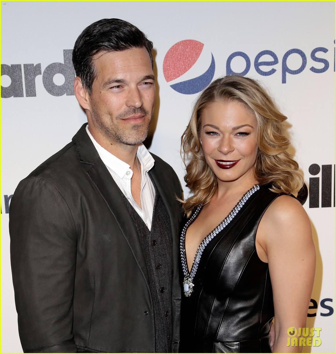 leann rimes billboards power 100 event with eddie cibrian 02