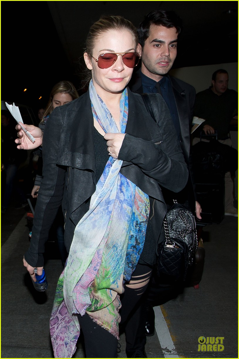 leann rimes i loved flying home with hayden panettiere 073034280