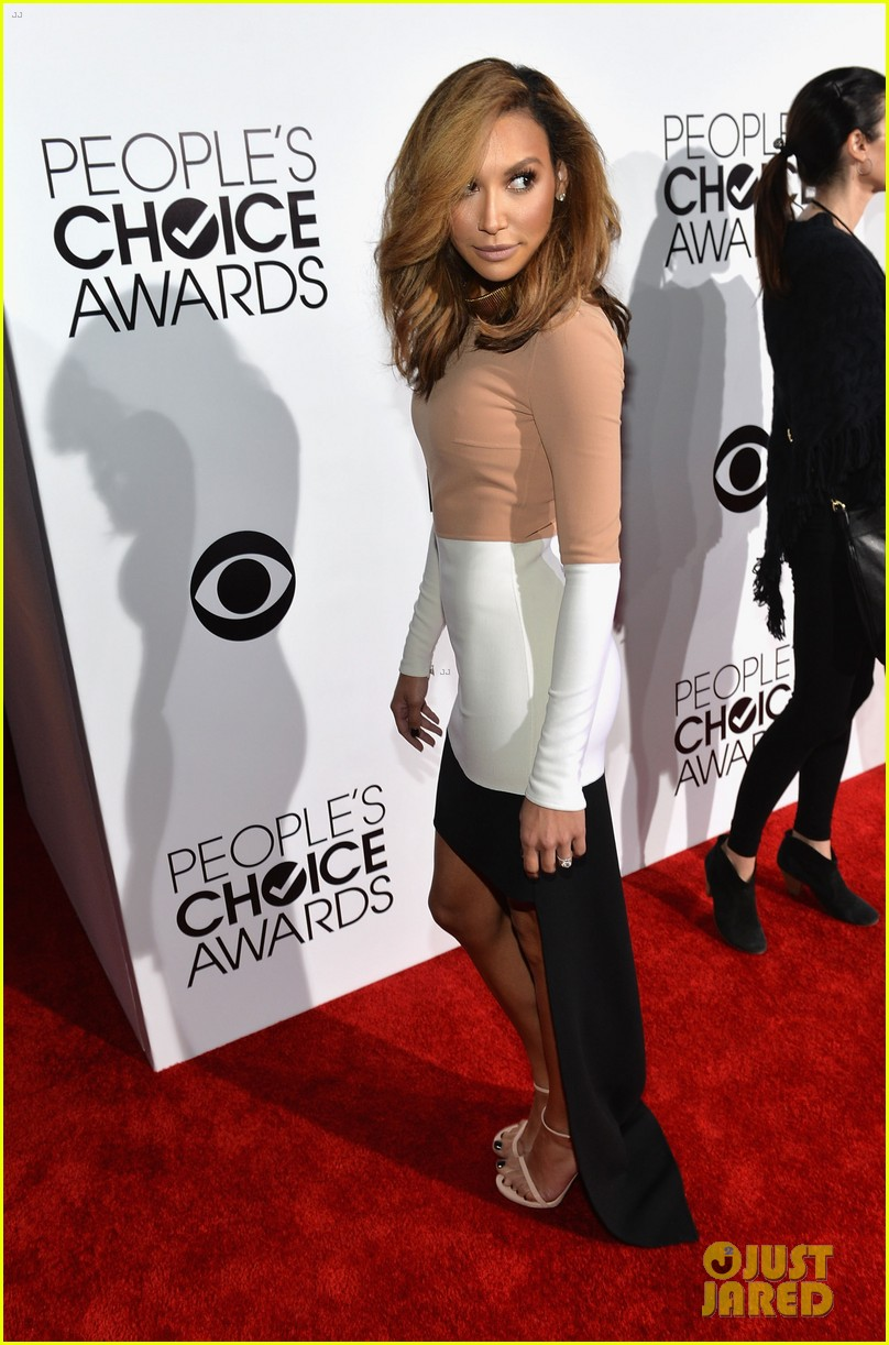 naya rivera goes blonde at peoples choice awards 2014 10