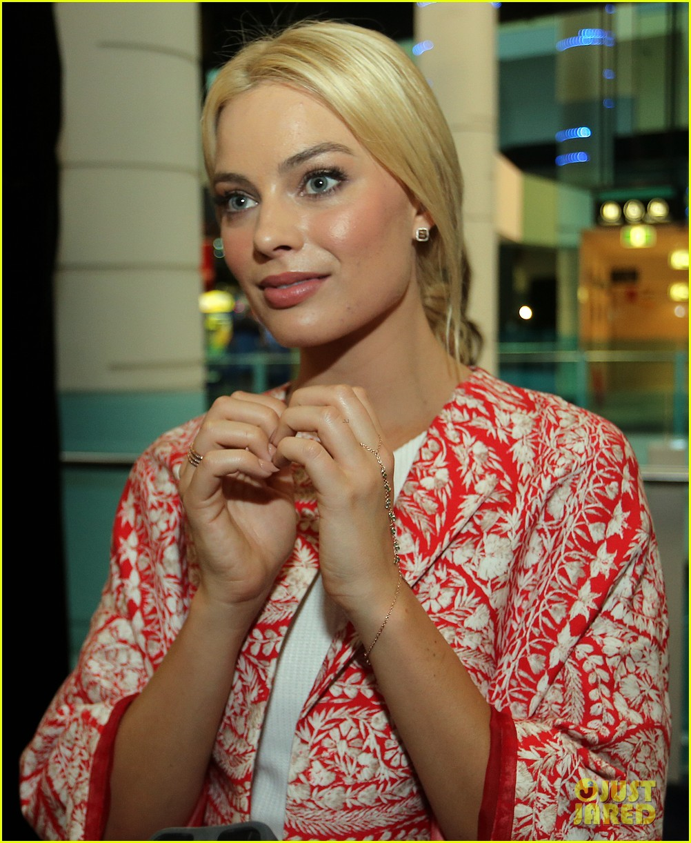 margot robbie wolf of wall street brisbane premiere 123036735