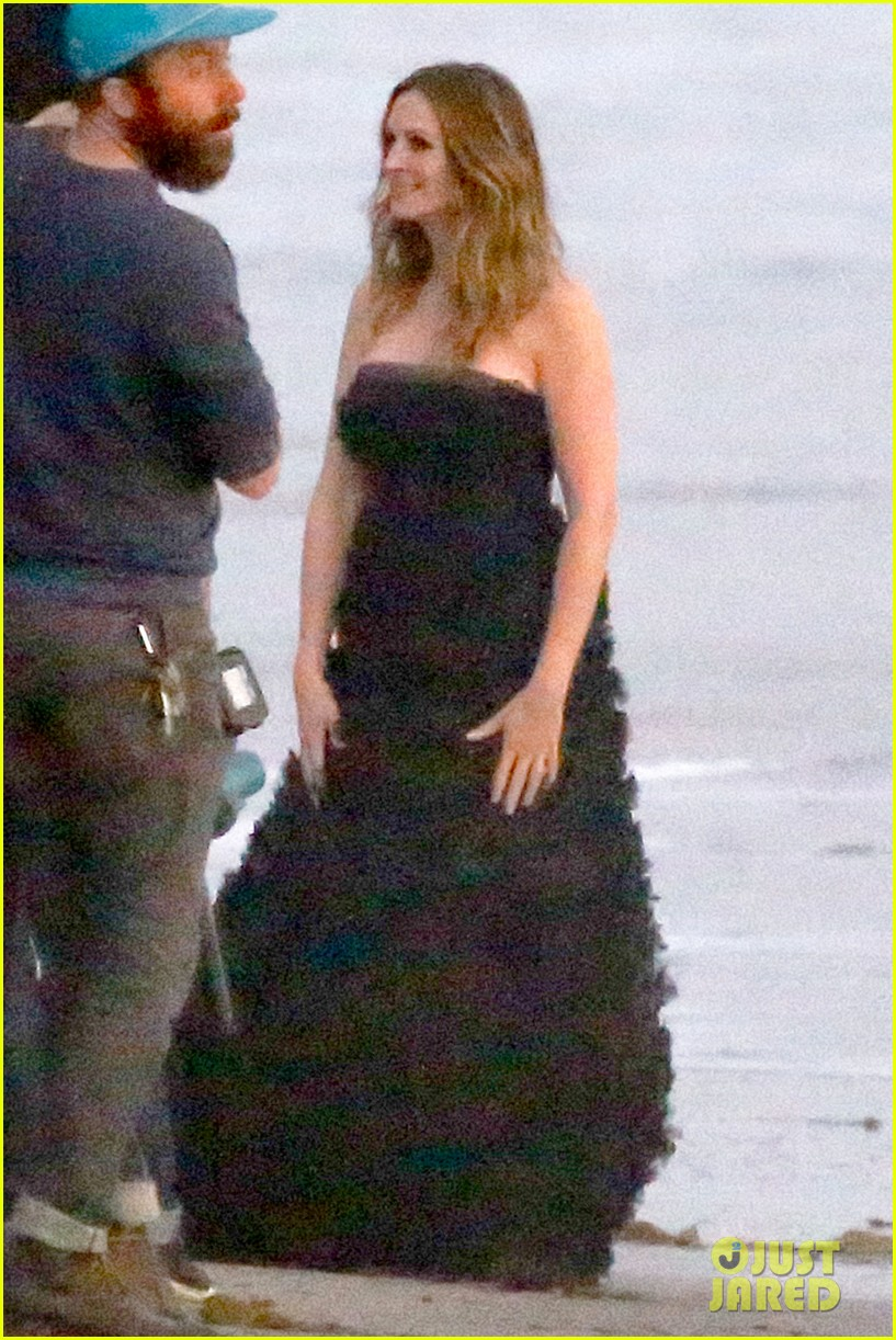 julia roberts wears elegant gown for beach photo shoot 143043855