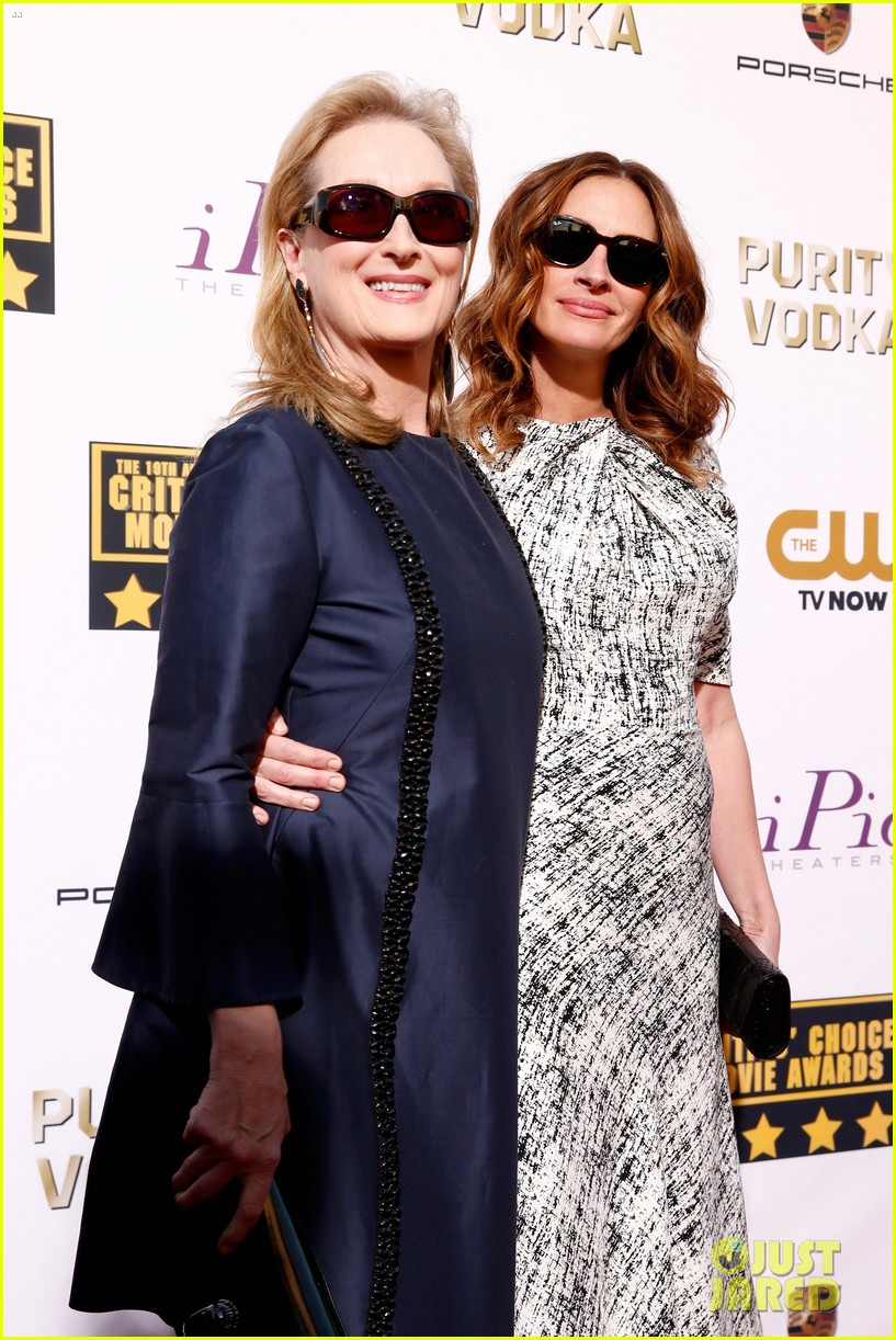 julia roberts meryl streep critics choice awards 2014 073032917