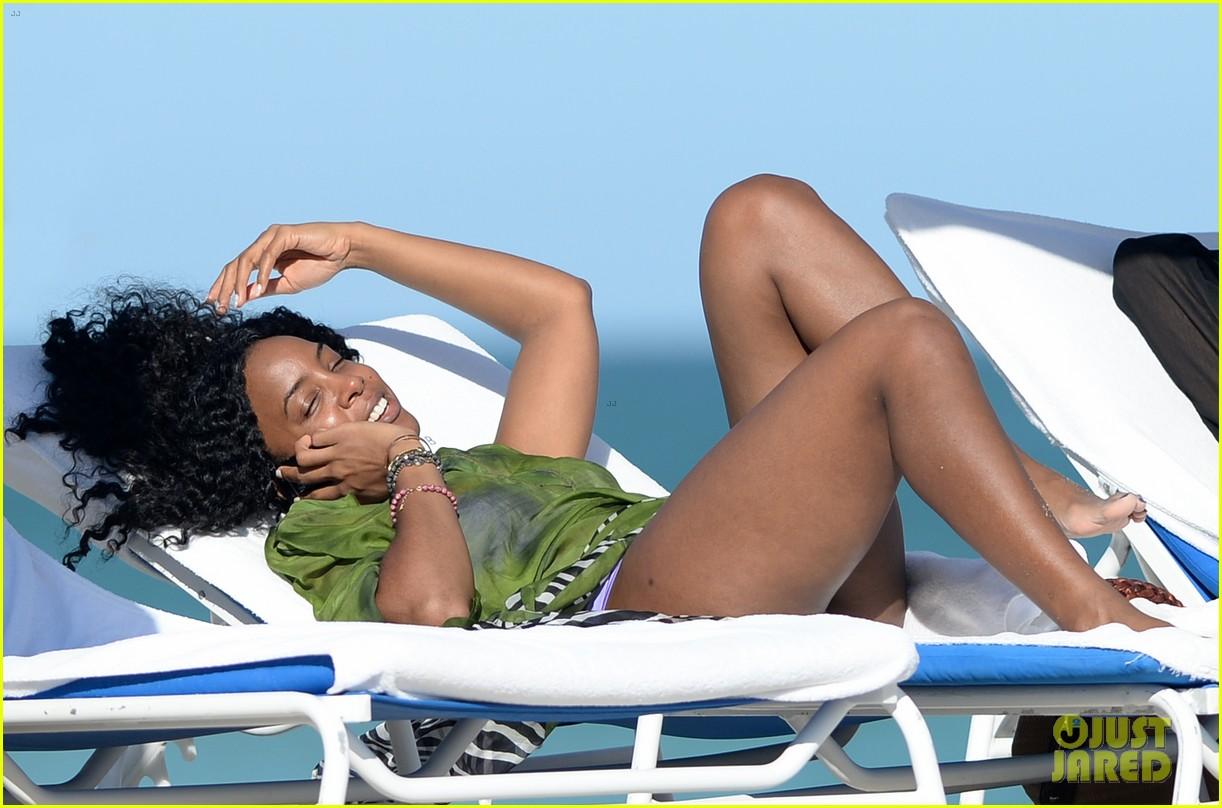 kelly rowland miami beach bikini babe 09