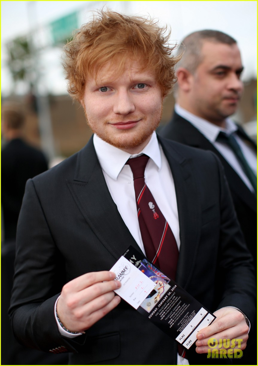 ed sheeran grammys 2014 red carpet 04