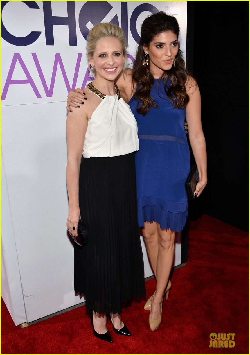 sarah michelle gellar amanda setton peoples choice awards 2014 03