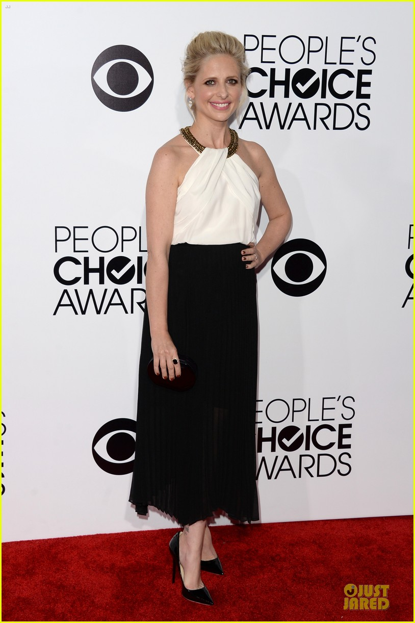 sarah michelle gellar amanda setton peoples choice awards 2014 083025630